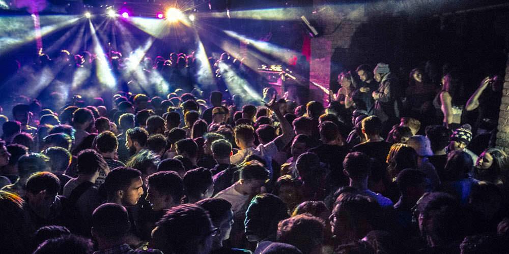 Club nocturno masaje de final feliz baile