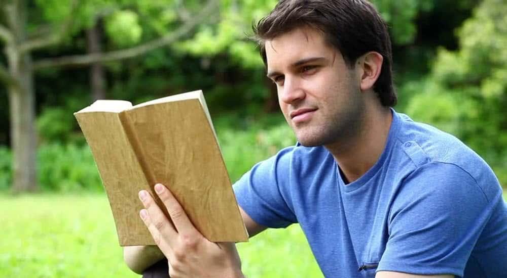 planes_baratos_divertidos_leer_libro