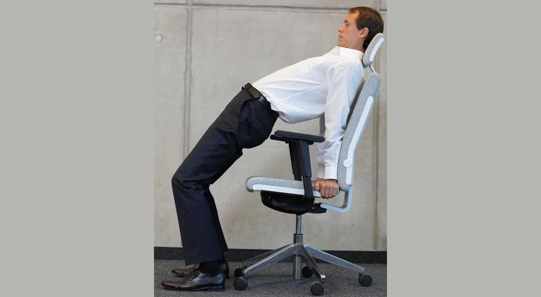 consejos hacer ejercicio trabajo sentadilla silla