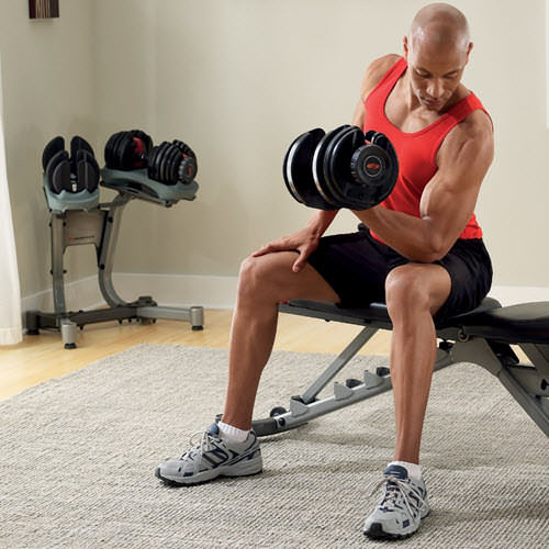 rutina de ejercicios en casa con pesas rusas