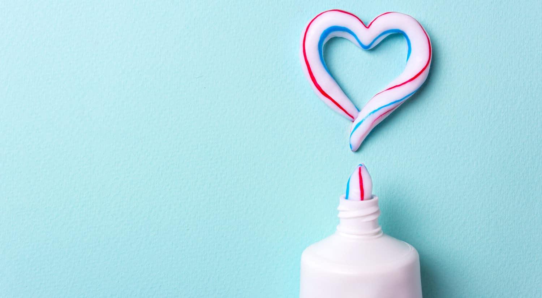 remedios caseros eliminar grano cara rapido pasta de dientes