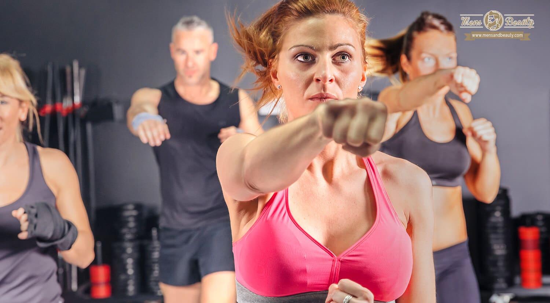 mejores clases ejercicio colectivas en grupo gimnasio aerobox