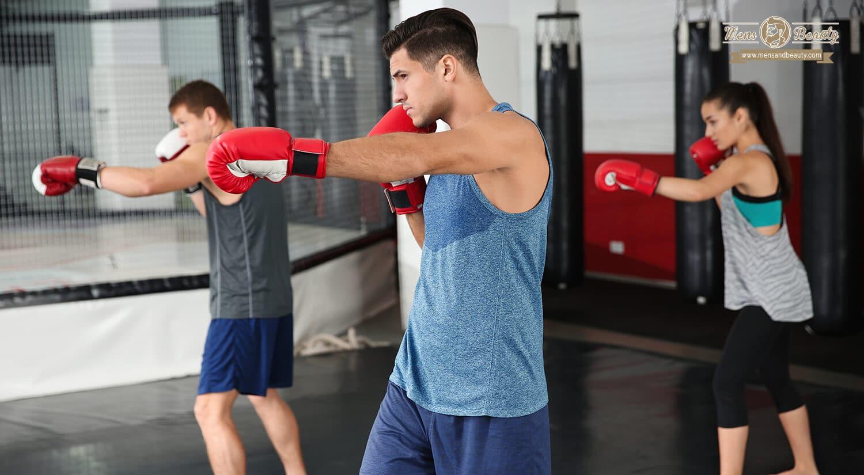 mejores clases ejercicio colectivas en grupo gimnasio boxeo