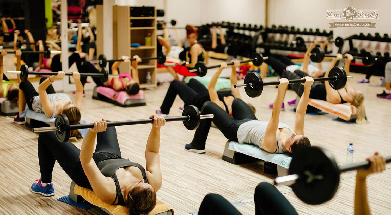 mejores clases ejercicio colectivas en grupo gimnasio powerpump